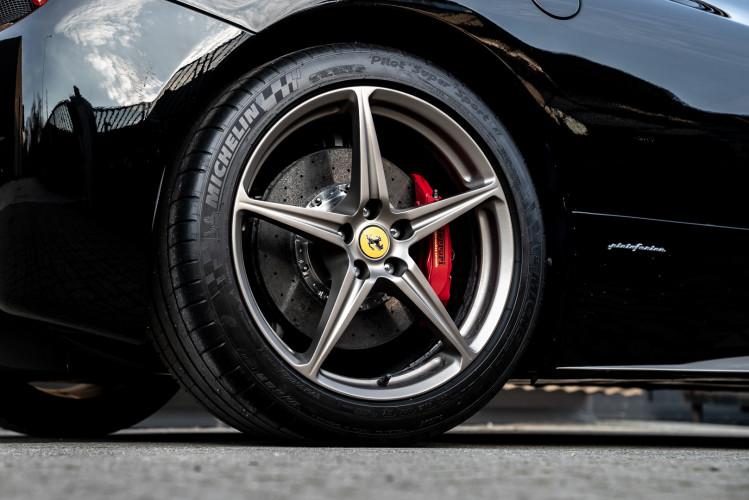 2010 Ferrari 458 Italia DCT 23