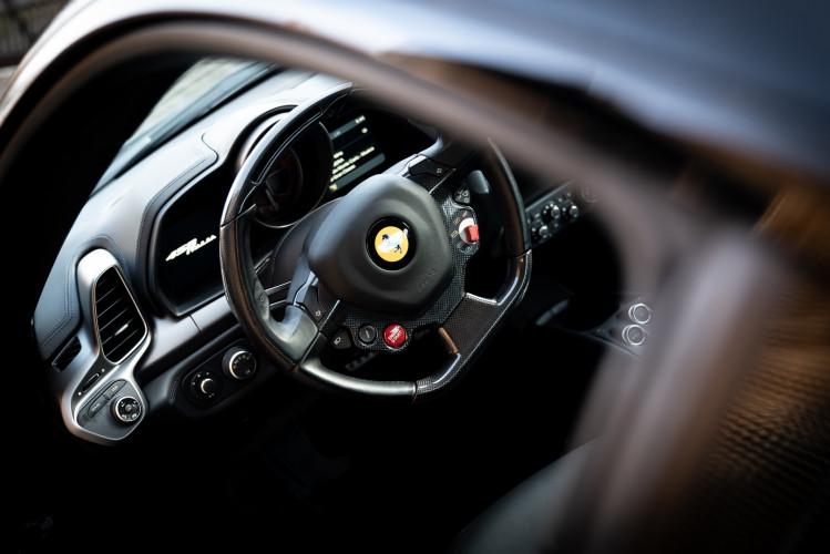 2010 Ferrari 458 Italia DCT 17