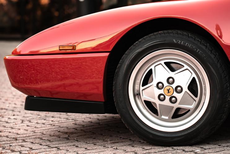 1990 Ferrari Mondial 3.4 T Cabriolet 18