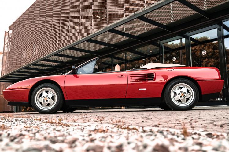 1990 Ferrari Mondial 3.4 T Cabriolet 10