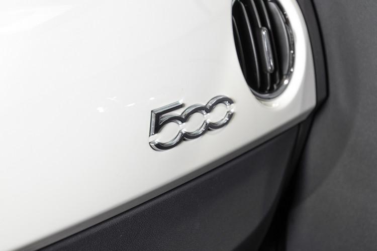 2017 FIAT 500 30