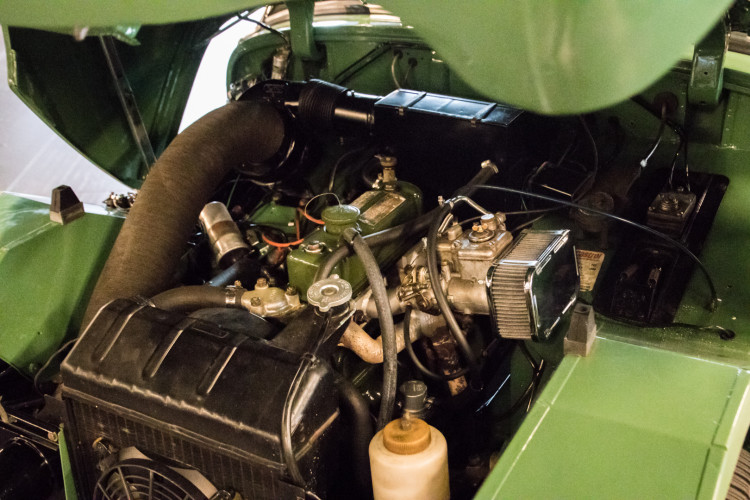 1960 AUSTIN-HEALEY SPRITE FROG EYE 36