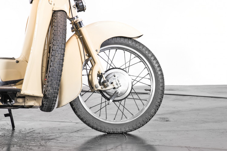 1951 Moto Guzzi Galletto 160 10