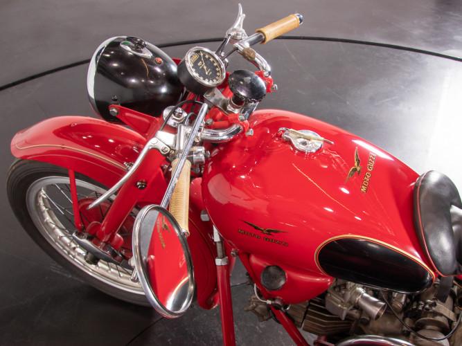 1975 Moto Guzzi 500 FS Sidecar 35