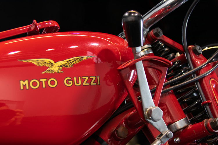 1952 Moto Guzzi 65 28