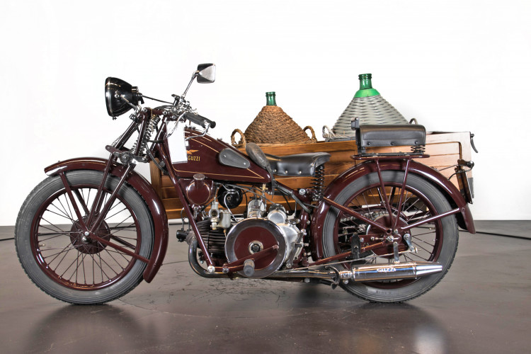 1932 Moto Guzzi Sport 15 Moto Carro 0