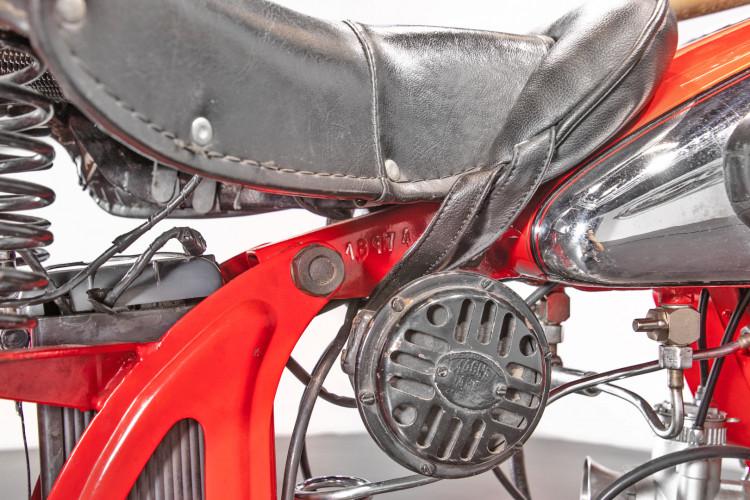 1950 Moto Guzzi 250 21