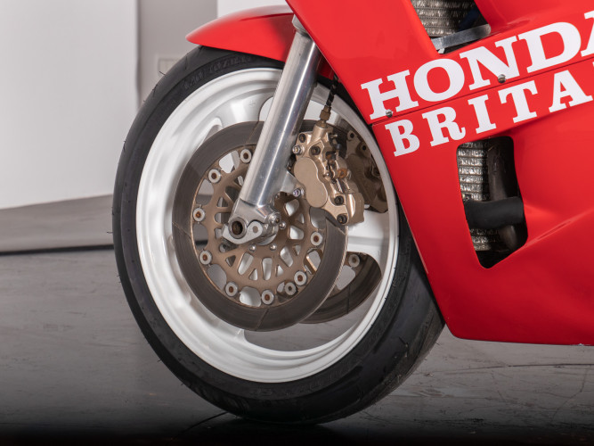 1988 Honda RC 30 DA CORSA 9