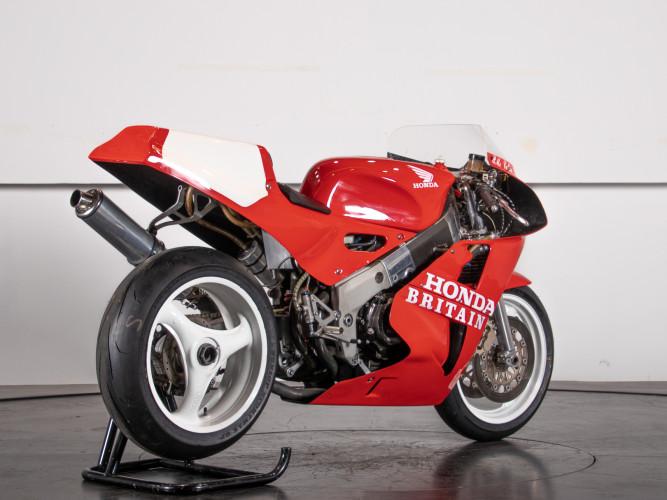 1988 Honda RC 30 DA CORSA 2