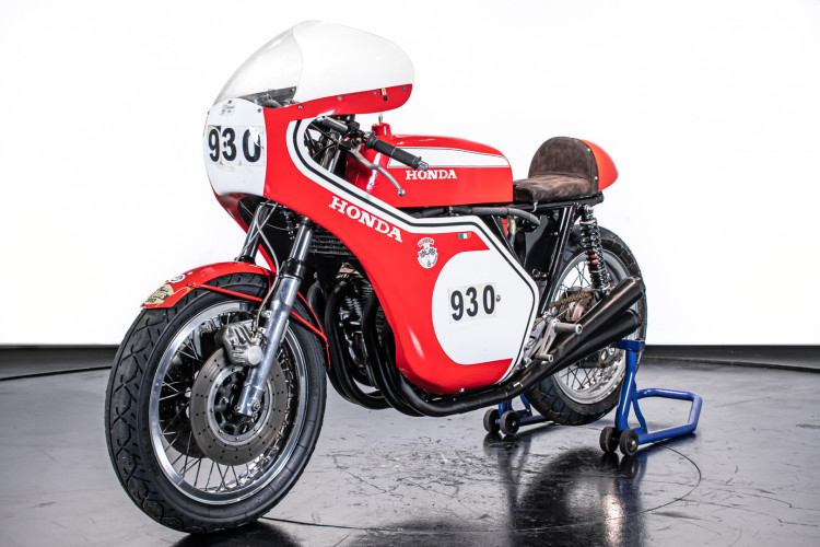 1973 Honda 750 Daytona Replica 2