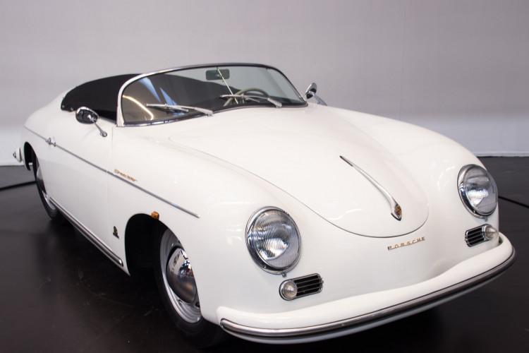 1955 Porsche 356 pre-A Speedster 3