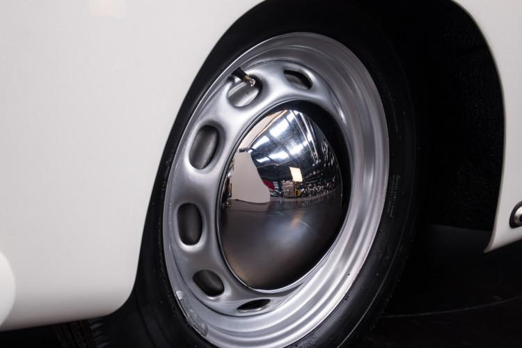 1955 Porsche 356 pre-A Speedster 19