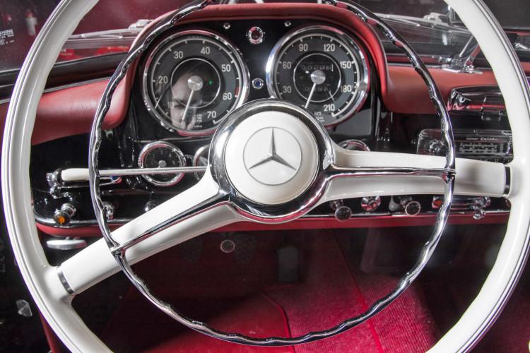 1961 Mercedes-Benz 190 SL 15