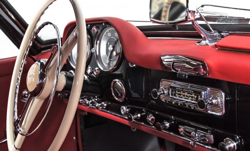 1961 Mercedes-Benz 190 SL 18