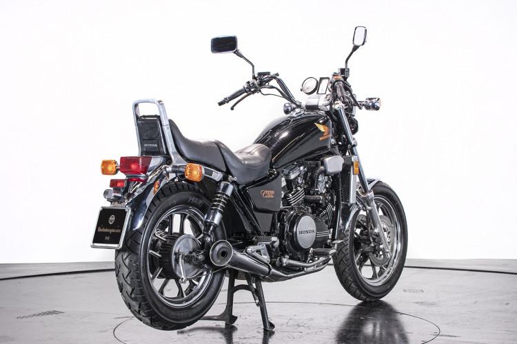 1986 Honda VF 750 Custom 2