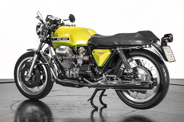 1972 Moto Guzzi V7 Sport 3
