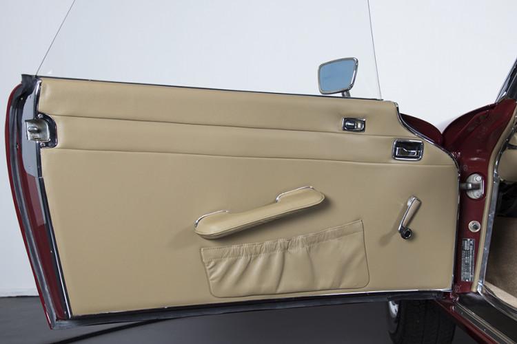 1985 Mercedes-Benz 280 SL 13