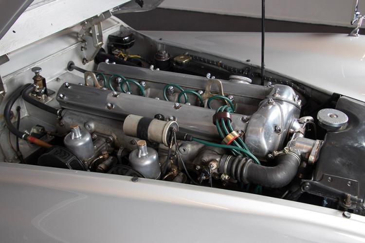 1951 Jaguar XK120 O.T.S. 24
