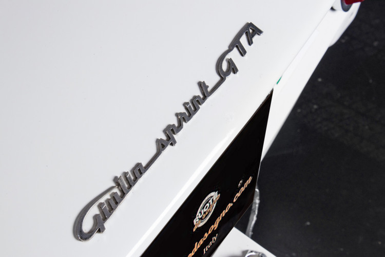 "1965 Alfa Romeo Giulia Sprint GTA ""stradale"" 12"