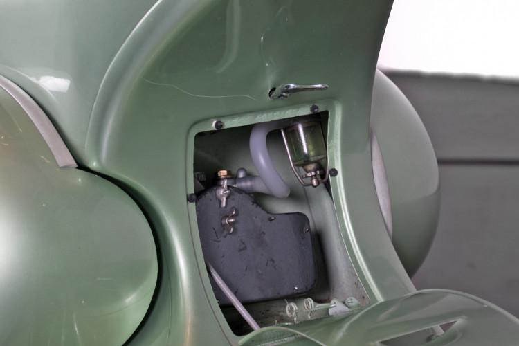 1952 Piaggio Vespa 125 8
