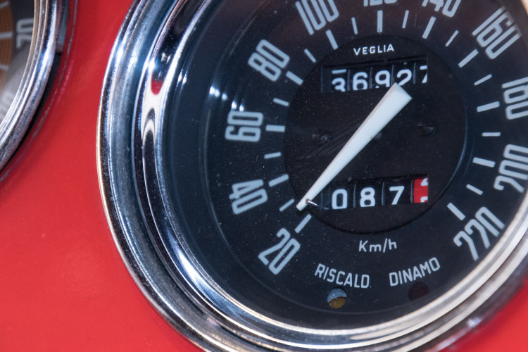 1964 Alfa Romeo Giulia 1600 Spider 18