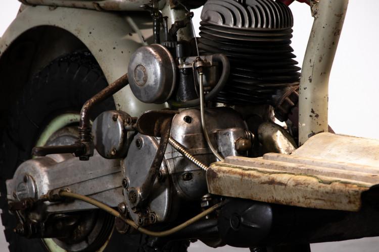 1953 INNOCENTI LAMBRETTA 125 24
