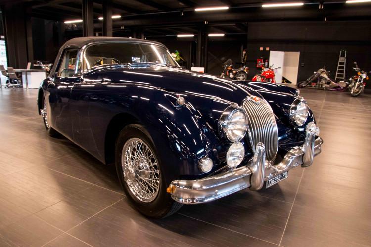 1961 Jaguar XK150 DHC 1