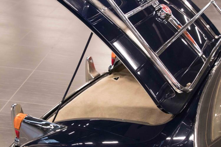1961 Jaguar XK150 DHC 27
