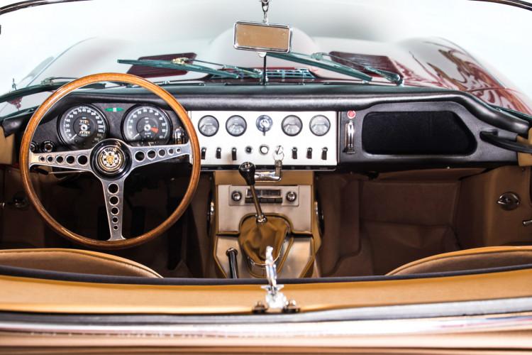 1962 Jaguar E-Type 3.8 Convertible 1° Serie 10
