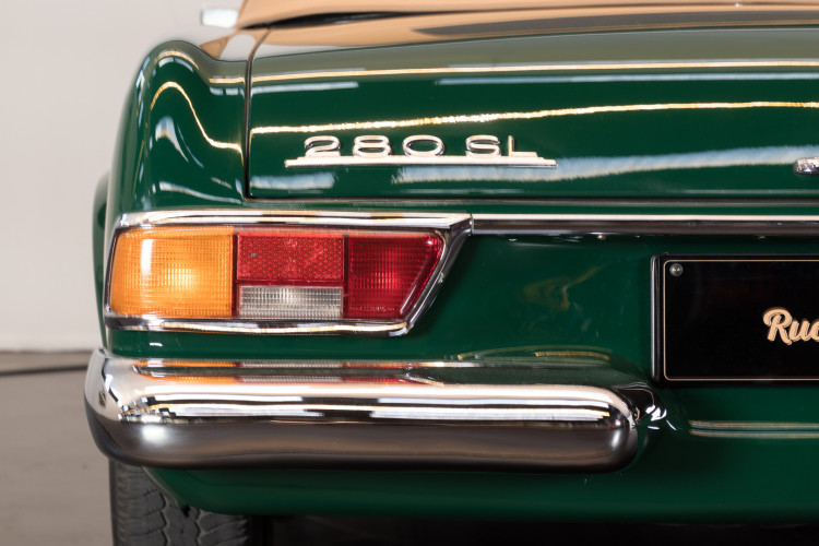 1970 Mercedes-Benz 280 SL 8