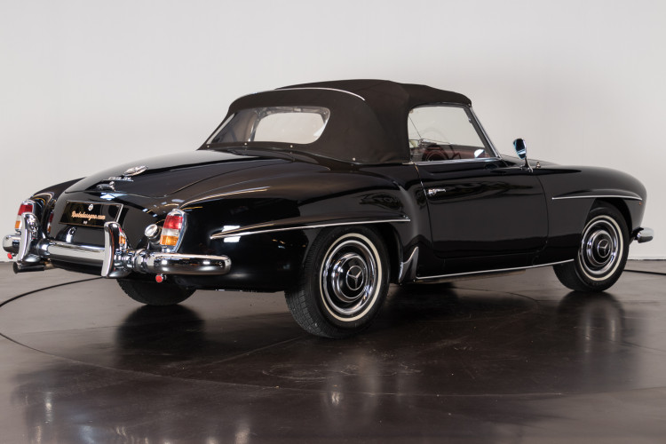 1960 Mercedes-Benz 190 SL 4