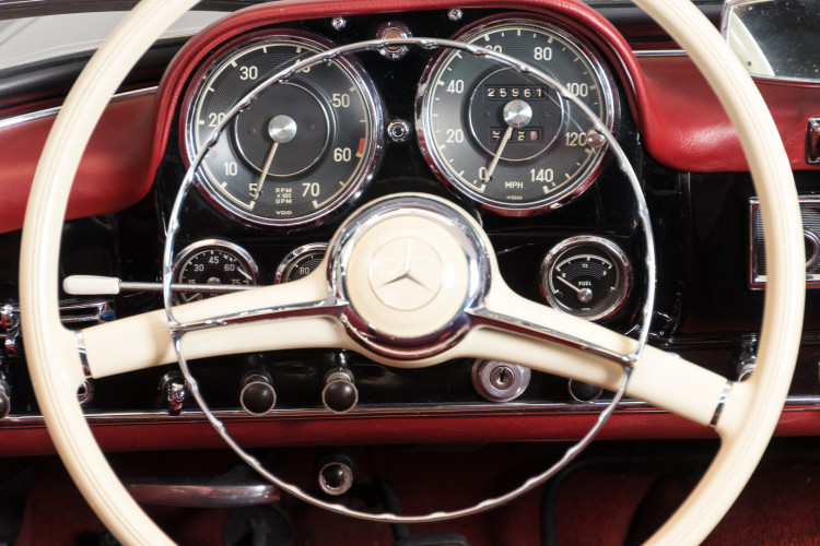 1960 Mercedes-Benz 190 SL 16