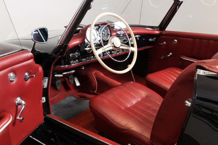 1960 Mercedes-Benz 190 SL 12