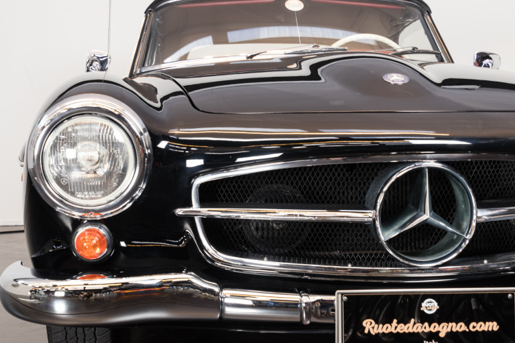 1960 Mercedes-Benz 190 SL 25