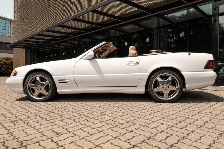 2000 Mercedes-Benz SL500 8