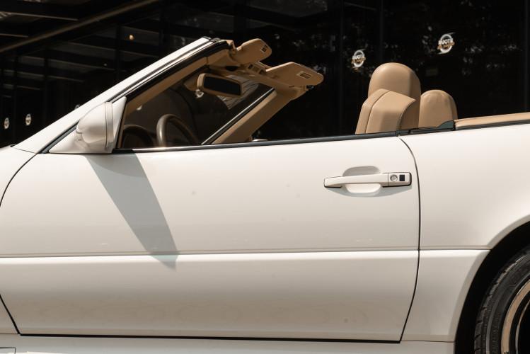 2000 Mercedes-Benz SL500 12