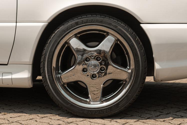 2000 Mercedes-Benz SL500 15