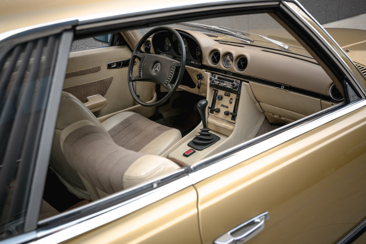 1972 Mercedes-Benz 350 SLC 17