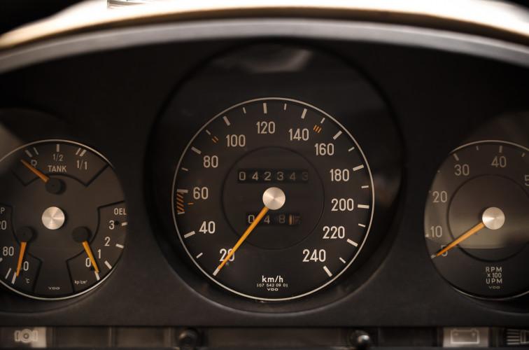 1972 Mercedes-Benz 350 SLC 30