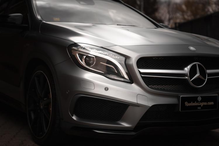 2015 Mercedes-Benz GLA AMG 45 10