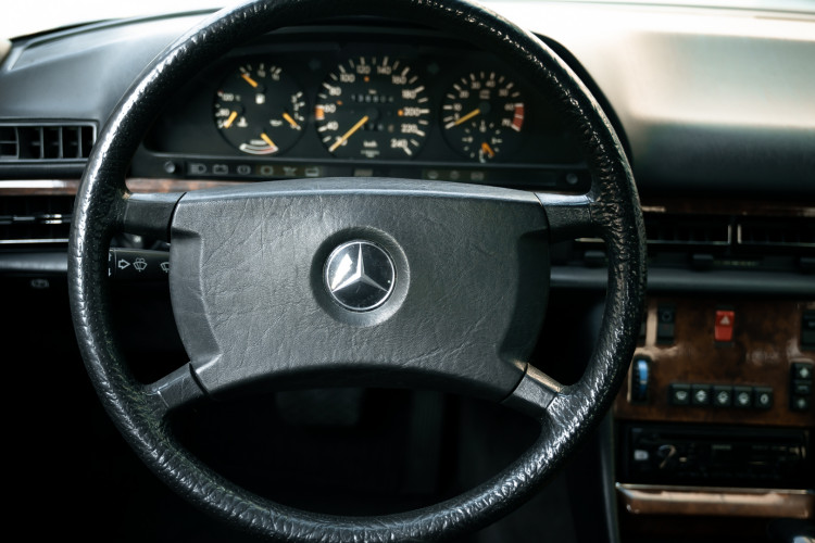 1987 Mercedes-Benz 420 SE 24