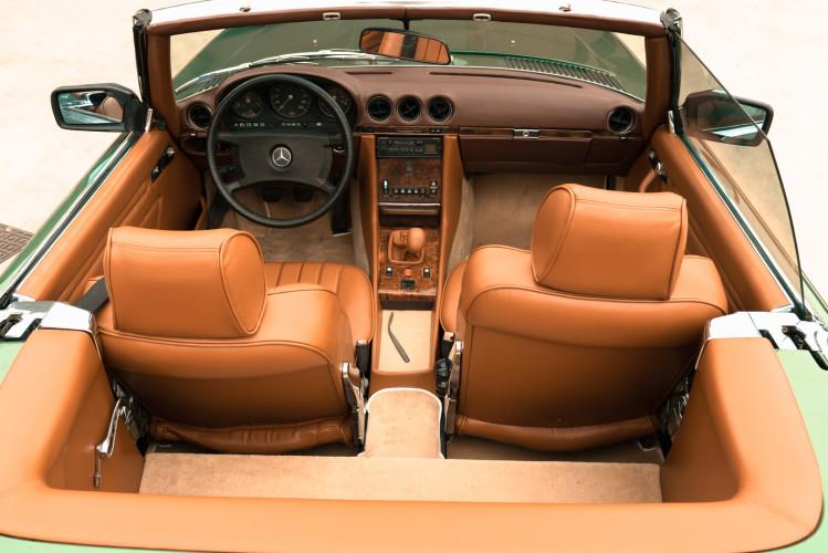 1986 Mercedes-Benz SL 300 21