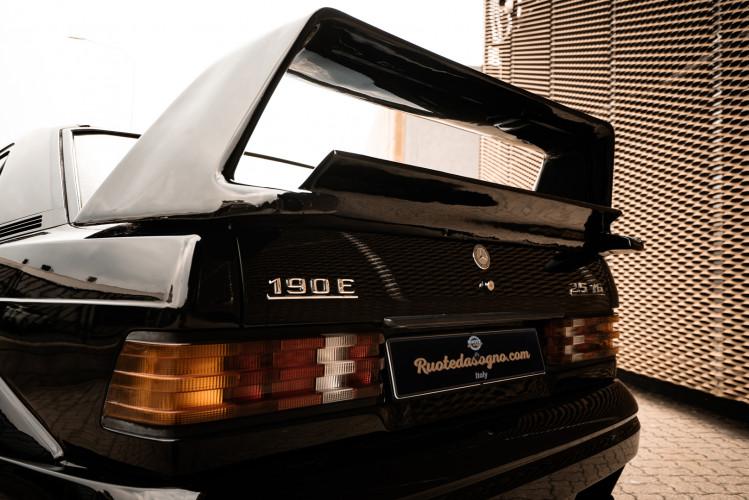 1985 Mercedes-Benz 190E 2.3-16 13