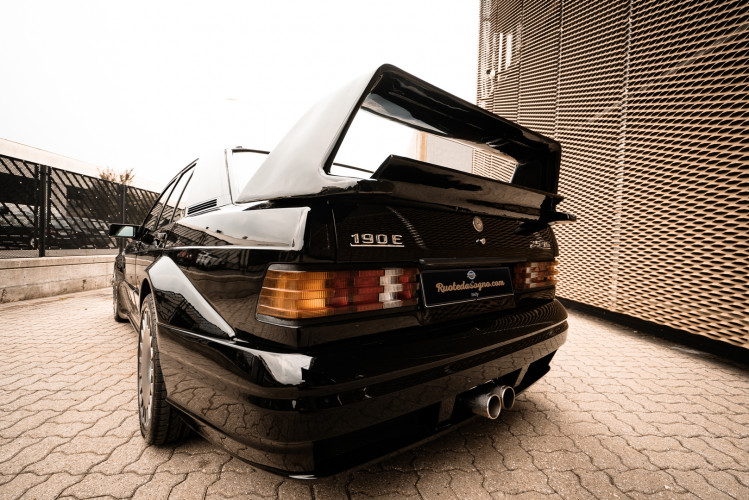 1985 Mercedes-Benz 190E 2.3-16 10