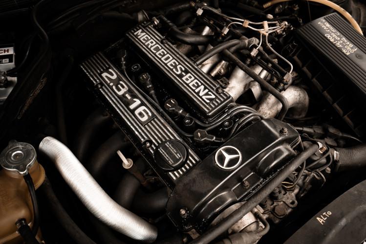 1985 Mercedes-Benz 190E 2.3-16 22