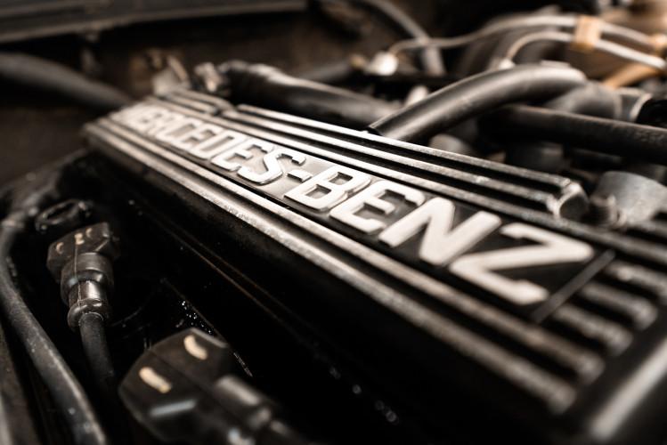 1985 Mercedes-Benz 190E 2.3-16 29