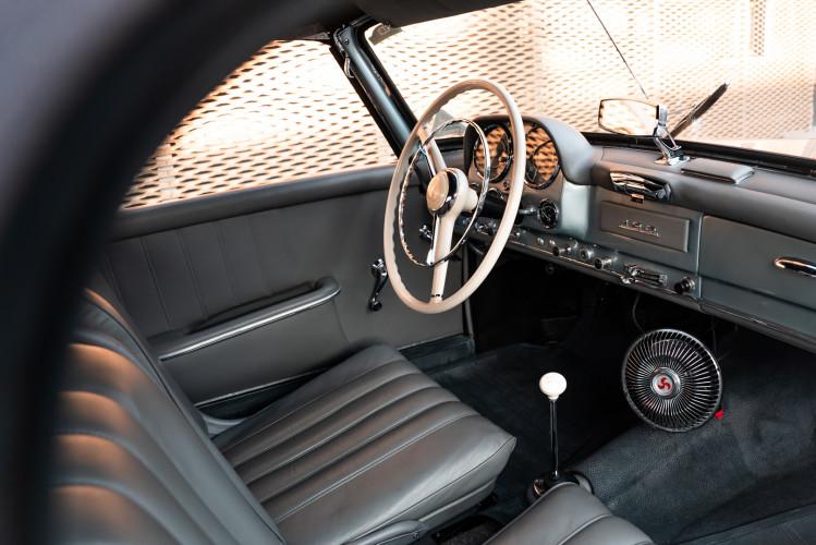 1956 Mercedes-Benz 190 SL 16