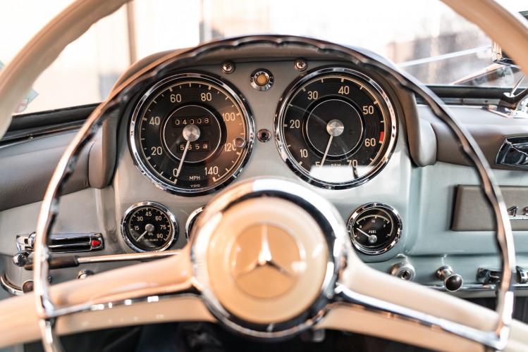 1956 Mercedes-Benz 190 SL 27