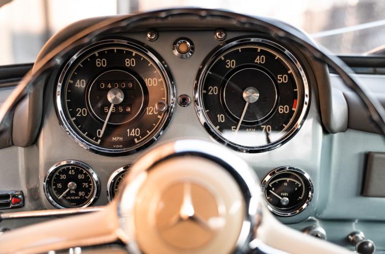 1956 Mercedes-Benz 190 SL 28