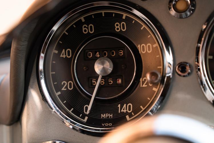 1956 Mercedes-Benz 190 SL 30